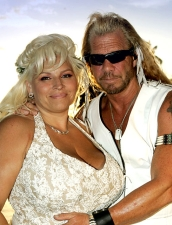 Beth and Duane Chapman in wedding photo
